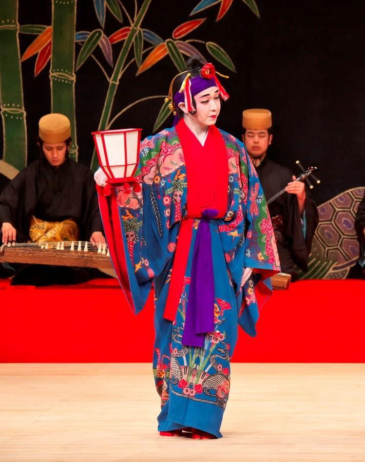 すべての講義 3歳 通信教育 : 琉球舞踊と組踊 春秋座公演 ...