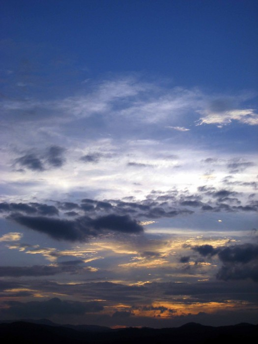 松麟館からの七夕の空