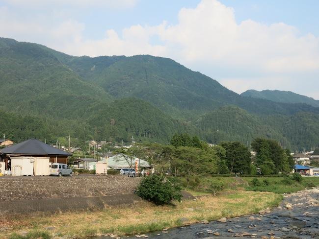加子母の風景。林業や製材業、木造建築施工業が盛んな地域です。