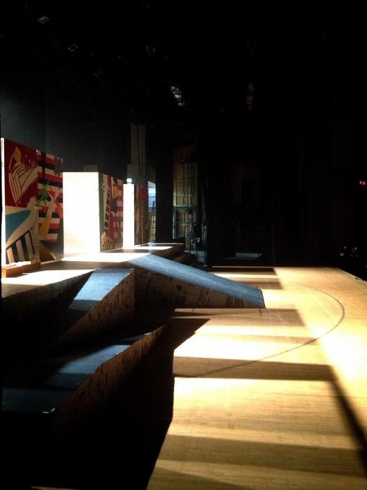 開演前の舞台