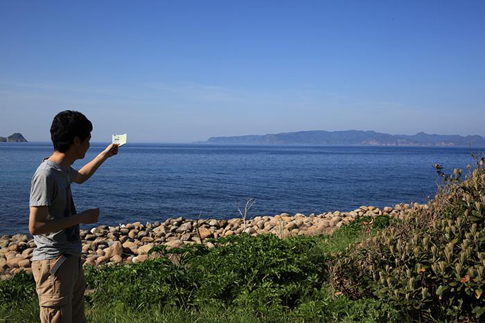 むこうに見えるのが松島
