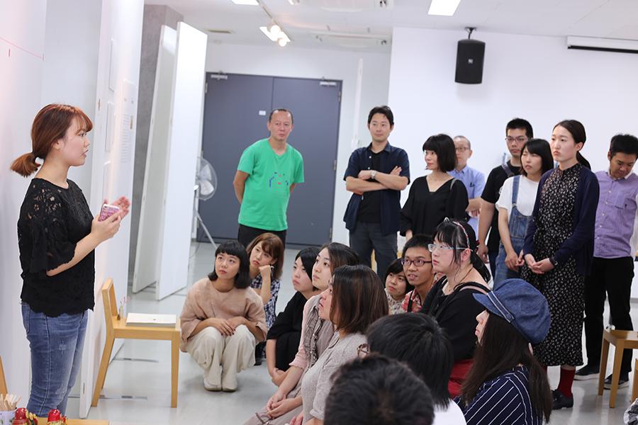 韓国からの交換留学生・ヘビンさんも展示します!