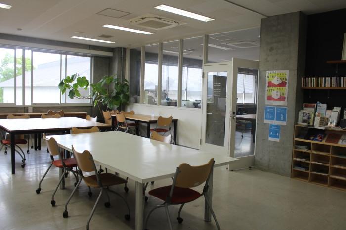 アートプロデュース学科の研究室の様子。