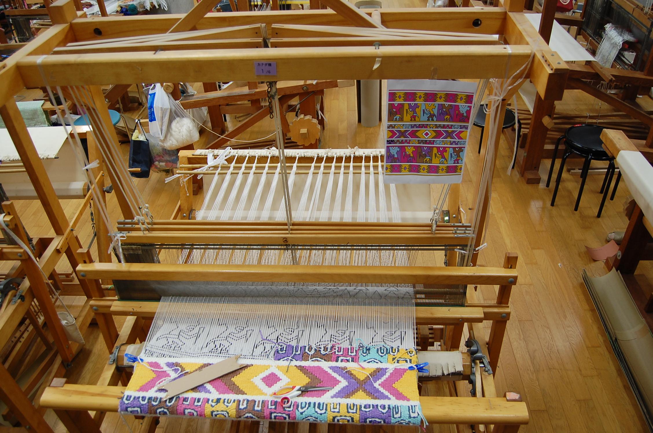 【染織コース】いろいろな織機
