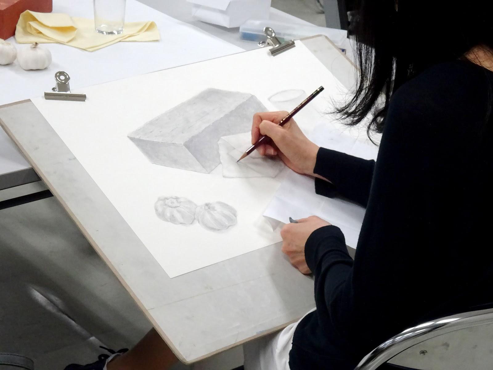 【日本画コース】スクーリング「鉛筆写生」京都開講の様子